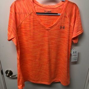 Semi-Fitted Under Armour Heat Gear work out shirt